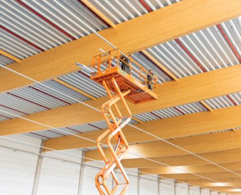 Installation von Lichtbändern für ein Großprojekt in Kassel